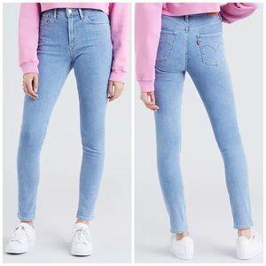 NEW Levi's 721 High Rise Skinny Light Denim Jeans